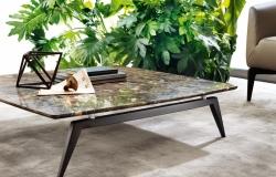 konfernčý stolí s mramorovou doskou